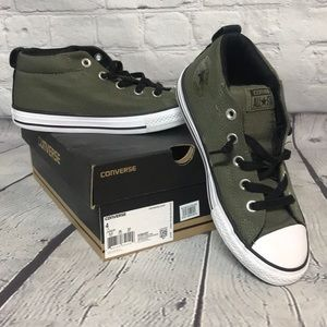 Converse 1/2 high tops slip on OD green, size 4